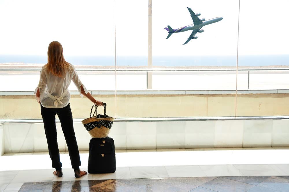 O que preciso para viajar de avião?