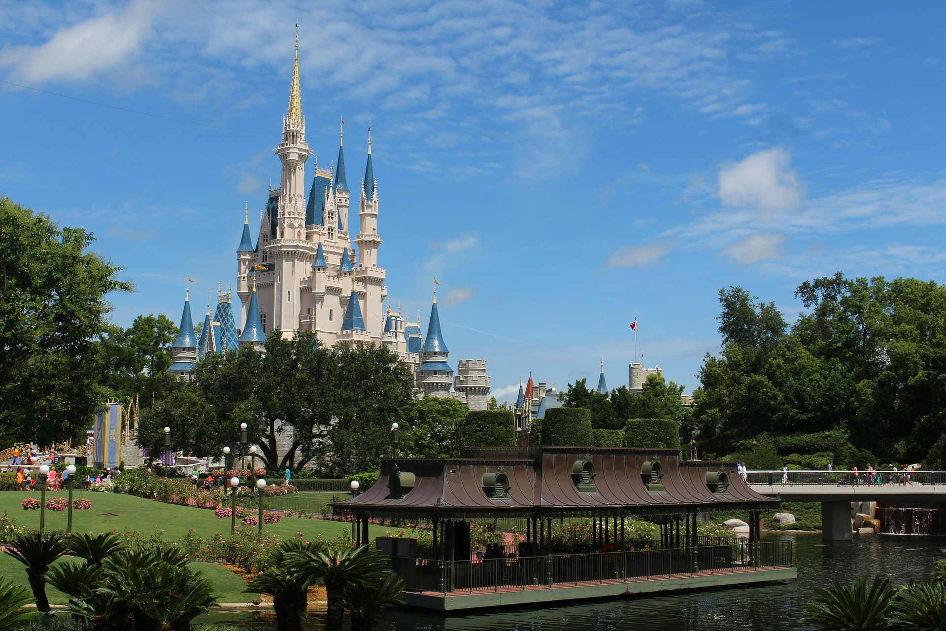 walt-disney-world-239144_1920